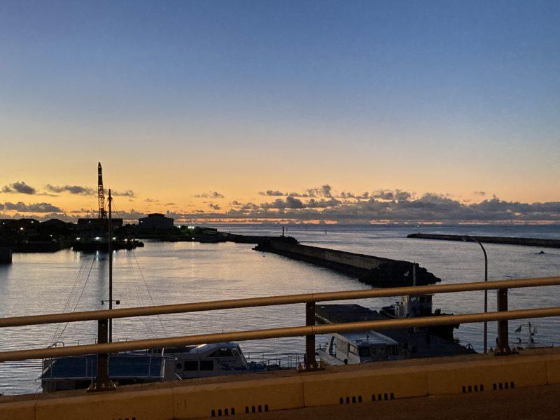 石垣島 日の出 方角 東